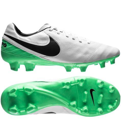 Jual Nike Tiempo Mystic nike tiempo mystic v fg motion blur white black electro green www unisportstore