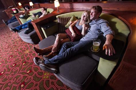 cinema 21 vancouver mall cuddling in cinetopia vancouver mall 23 s movie parlor