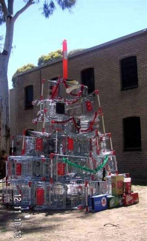 ghetto christmas decorations 40 impressive pics
