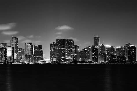 skyline wallpaper black and white file miami black and white skyline 1920x1080 quot wallpaper