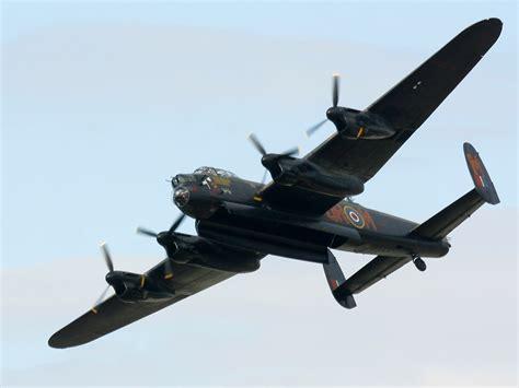 Lancaster Bomber Wallpaper