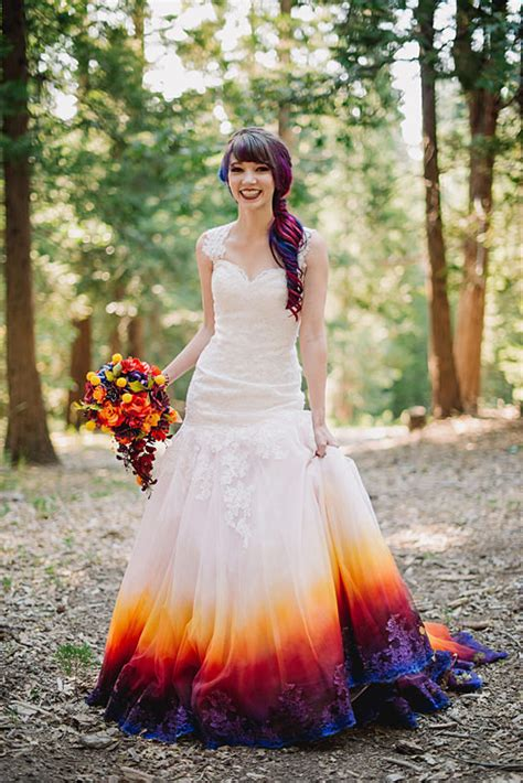 hochzeitskleid farbe 22 ombre wedding dresses for brides who want to show their