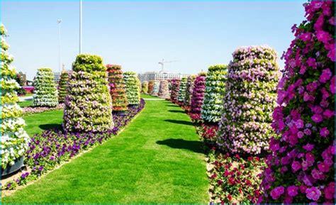 Beautiful Flower Gardens Of The World Beautiful Flower Gardens Of The World