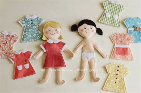 How To Make Fabric Paper Dolls - diy felt dolls and clothes dolls and doll patterns