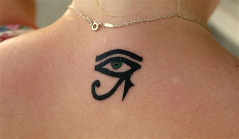 small eye tattoos 30 best small symbols for 2017 entertainmentmesh