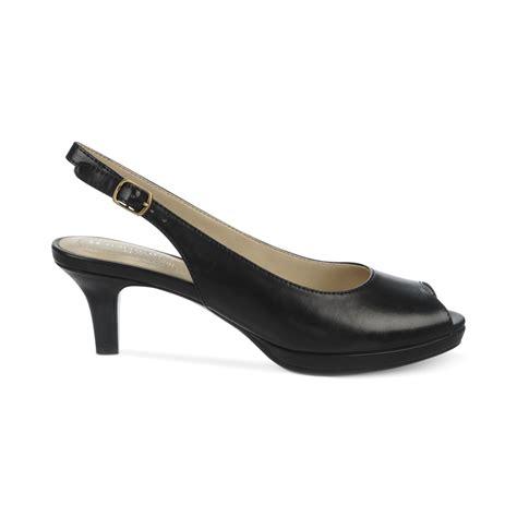 naturalizer heels comfortable naturalizer shoes heels wedges boots sneakers lyst