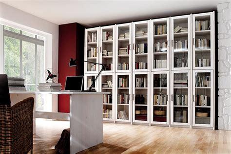 bücherregal wandmontage b 252 cherregal mit glast 252 ren bestseller shop f 252 r m 246 bel und