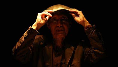 Sutradara Itu Menghapus Dialog Kita Sapardi Djoko Damono begini harapan sapardi djoko damono di usia 77 tahun