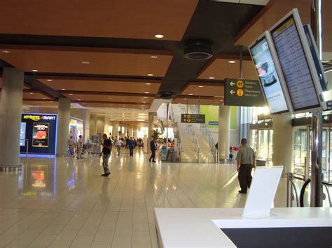 room airport file cyprus larnaca airport arrivals room jpg wikimedia commons