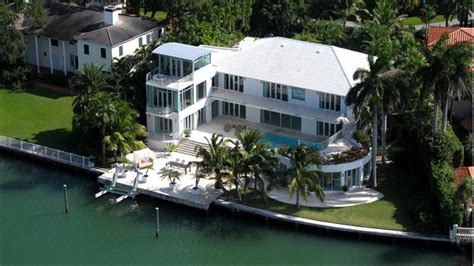 Miami beach home of late bee gee sells for 13m