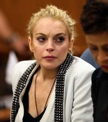 Lindsay Lohan Appendix Removed Resting Comfortably by Enough Of Lindsanity Damita Ro