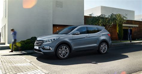 new model hyundai santa fe explore the hyundai santa fe from 163 32 545 hyundai uk
