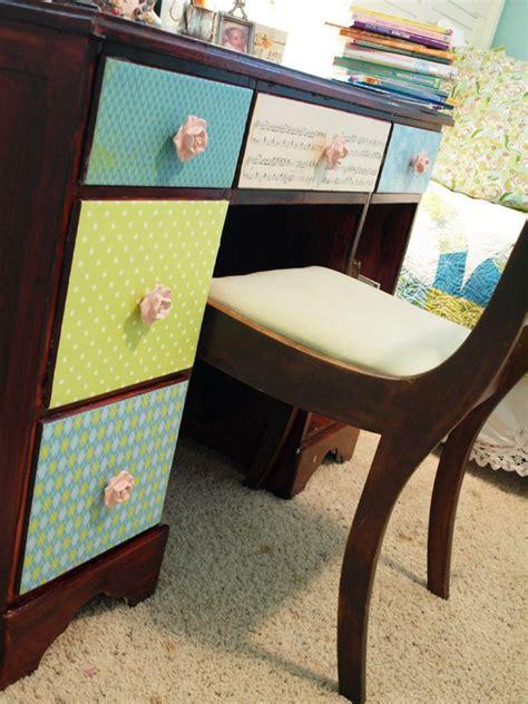 Decoupage Desk - mais de 1000 ideias sobre decoupage desk no