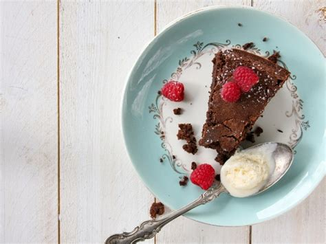 Flourless Chocolate Cake For Passover by Flourless Chocolate Hazelnut Cake Passover Recipe