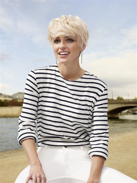 Bob Haircuts With Bangs and Layers – Pixie Haircut   the Ultimate Pixie Cuts Guide