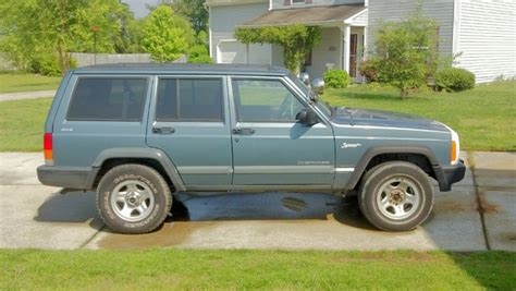 gunmetal blue jeep gunmetal blue xj bedliner jeep forum