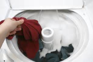 What Color Clothes Can Be Washed Together - how to sort laundry white way