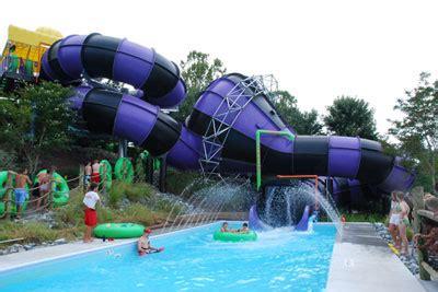 Splish splash amp parasailing dress dine amp sparkle