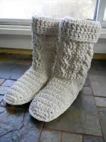 10 diy free patterns for crochet slipper boots 101 crochet
