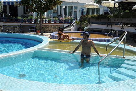 hotel a ischia con terme interne hotel con piscina forio ischia il gattopardo terme e