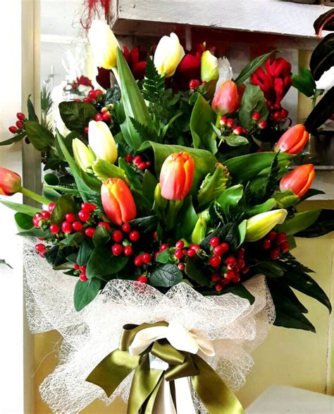 immagine mazzo di fiori bouquet e mazzi di fiori floricoltura ruggeri