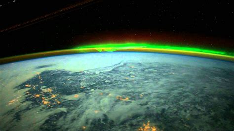 auroras from space pictures aurora borealis from space sehnsuchtpics
