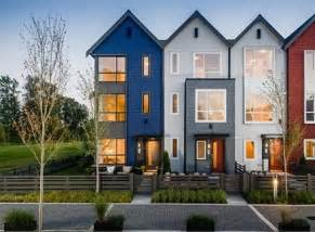 Modern Multi Family House Plans by 25 Best Ideas About Modern Townhouse On Pinterest