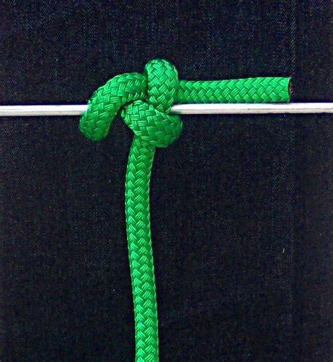 boat fender knot spar hitch fender knot boating safety tips tricks