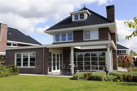 jaren 30 woning met veranda en aangebouwde woonruimte - Veranda Jaren 30 Woning