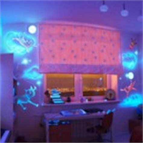 glow in the paint bedroom ideas sky in your bedroom interiorholic
