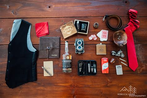 blogger gifts tips for groomsmen groomsmen gifts guest blogger