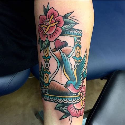 65 valuable hourglass tattoo designs and meanings time