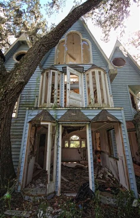 victorian houses in brooksville florida abandoned victorian tree house decay of the past pinterest