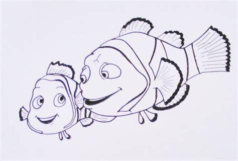 imagenes navideños para colorear bonitos dibujos bonitos de buscando a dory para colorear