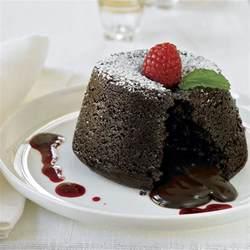 lava kuchen rezept biscoff molten lava cakes recipe dishmaps