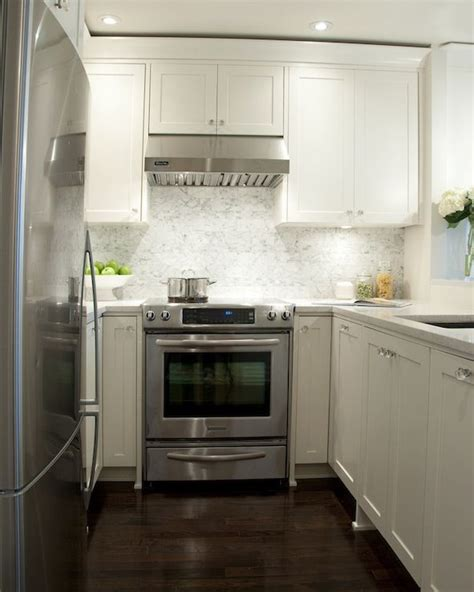 Small Kitchens With White Cabinets by Kitchens White Shaker Kitchen Cabinets Granite