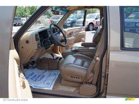1995 chevrolet suburban k1500 lt 4x4 interior photo