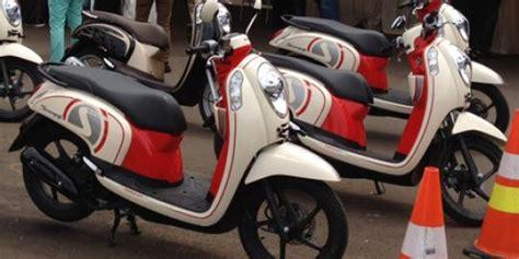 Scoopy 2013 Raharja Motor Makassar honda scoopy injeksi telah mengaspal merdeka