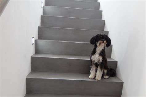 sichtbeton spachteln betontreppe gespachtelt treppenbeschichtung betonoptik