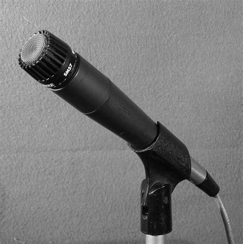 Mic Shure Sm 57 Shure Sm 57 Shure Sm57 Original 100 Resmi Murah shure sm57 microphone flickr photo