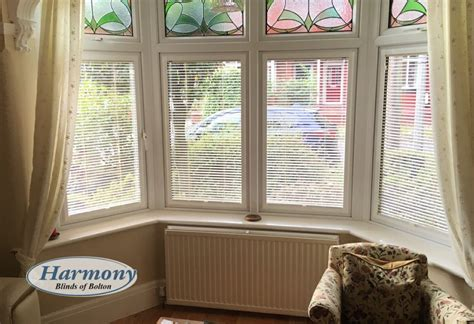 how to fit curtains to window caf 233 style perfect fit blinds in a bay window harmony