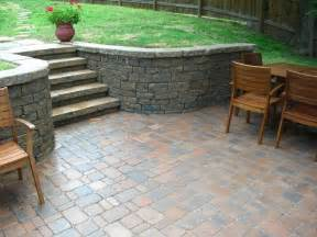 how to seal patio pavers 1000 ideas about sealing pavers on pavers