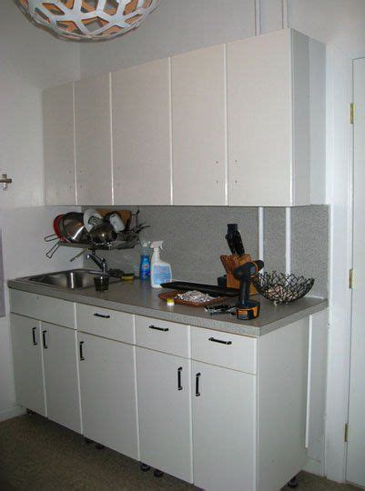 Can You Re Laminate Kitchen Cabinets 17 Best Ideas About Painting Laminate Countertops On