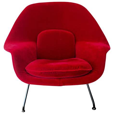 Eero Saarinen Chair by Eero Saarinen Womb Chair Knoll At 1stdibs