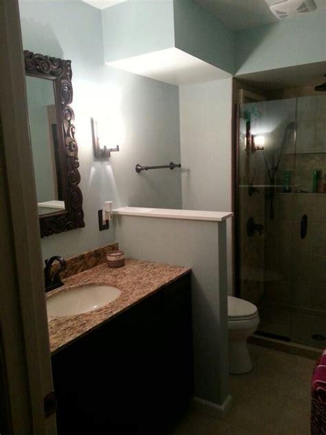 Half Closet by Half Wall Betweem Vanity And Toilet Prp Master Bath
