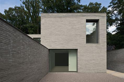 Contemporary House Design house in deurle allaert aluminium