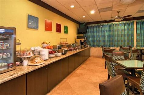 comfort suites airport and cruise port fort lauderdale comfort suites fort lauderdale airport cruise port hotel