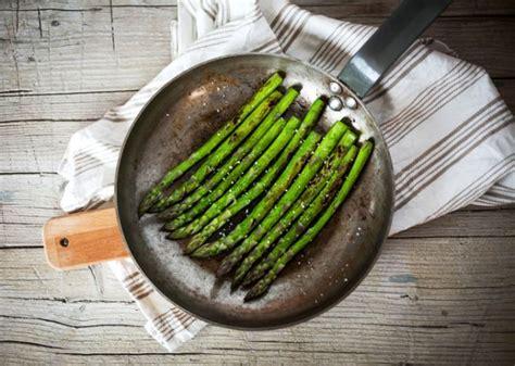 come cucinare gli asparagi surgelati asparagi cottura in padella ricetta