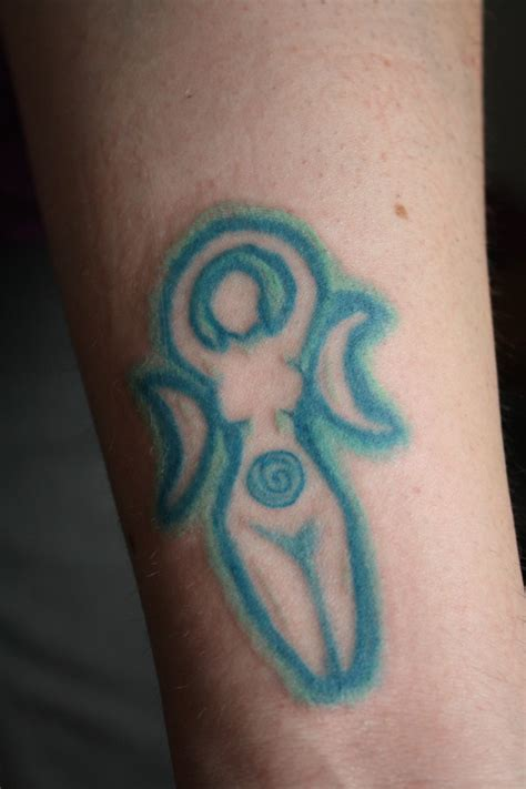 moon goddess tattoo spiral moon goddess by astanax on deviantart