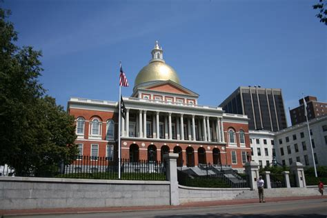 state house boston file boston state house of massachusetts jpg wikimedia commons
